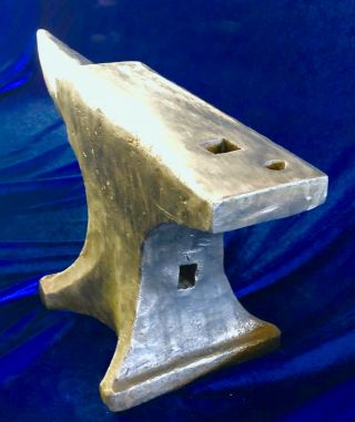 Vintage Patented Peter Wright Anvil 5