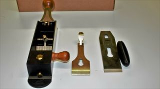Lie Nielsen Iron Miter Plane - No.  9 (No Longer Made).  Includes