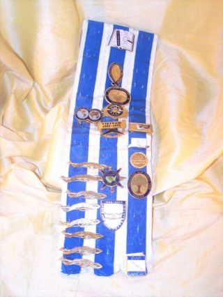 "Huge Daughters Of The American Revolution Ribbon W/ 21 Pins Dar,  12 "" Tall"
