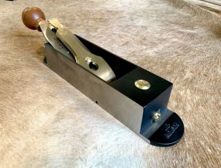 Lie - Nielsen L - N No 9 Iron Miter Plane.  VGC.  Barely with Hot Dog Handle. 3