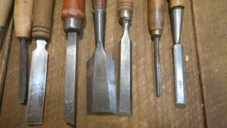 L4409 Vintage & Antique Wood Chisels - Some need TLC - 1 Stanley 750,  Etc 2