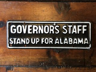 Vintage Alabama Governor's Staff Stand Up Plate (black/white)