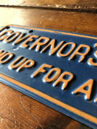 Vintage Alabama Governor's Staff Stand Up Plate (Blue/Yellow) 2