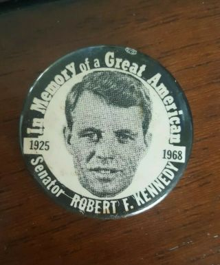 """1968 Robert Kennedy Memory Of A Great American Pinback Button Rfk Bobby 1 5/8 """""""