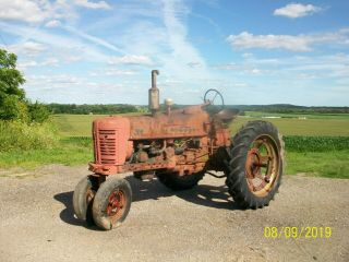 1954 Farmall International 300 Antique Tractor Live Hydraulics & Pto