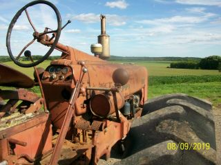 1954 Farmall International 300 Antique Tractor Live Hydraulics & PTO 6