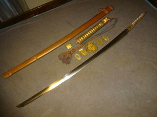 Japanese WWll Army officer ' s sword in mountings Gendaito