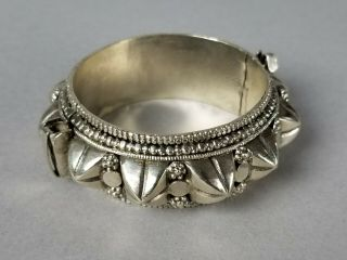 Antique Ethnic Tribal Indian Rajasthan Solid Silver Hand Crafted Spike Bracelet