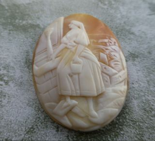 Fine Antique High Relief Carved Unmounted Cameo Shell Brooch