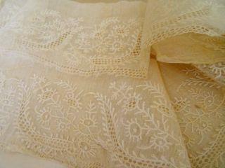 A Pretty Length 18th Century Hand Embroidered On Muslin Floral Flounce