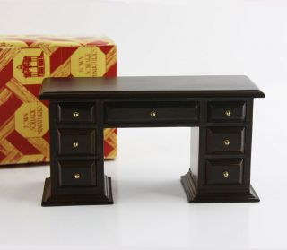 Vintage Dark Wood Desk By Town Square Miniatures 1:12 Scale Dollhouse Furniture