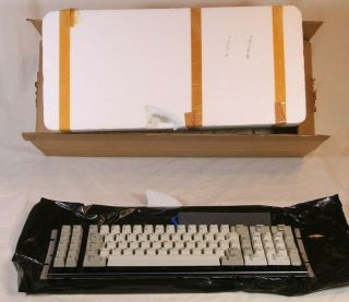 Nos Ibm Model F Xt Keyboard - No Case,  Only Internal Keyboard -