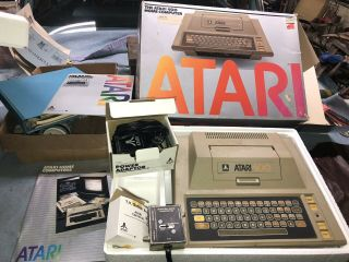 Atari Home Computer Game System W/ Power Supply Box & Switch Manuals Turns On