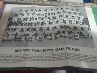 1975 York Mets 8.  5 By 11team Picture Photo With Signatures On Back