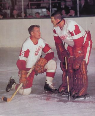 Terry Sawchuk & Gordie Howe Detroit Nostalgia Print Hockey Color Photo