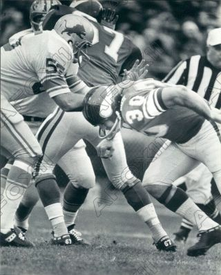 1969 Minnesota Viking Dt Bill Brown During Game Vs Detroit Lions Press Photo