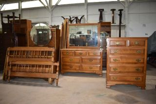 Vintage Cushman Colonial Solid Maple Full Size Bedroom Set Furniture