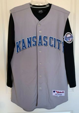 Kansas City Royals Majestic Team - Issued Gray Road Jersey (size 42)