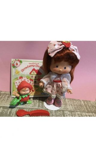 Vintage Strawberry Shortcake Doll Berrykin