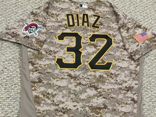 Elias Diaz Size 48 32 2015 Pittsburgh Pirates Game Jersey Camo Issued Mlb Holo