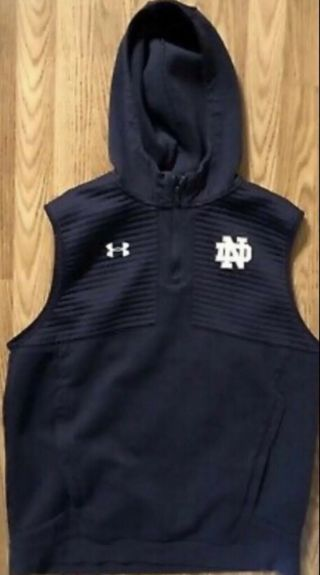 Notre Dame Football 2018 Team Issued Under Armour Cut Off Hooded Sweatshirt 2xl