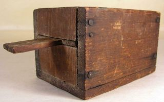Antique Small Early Wooden Pine Bee Lining Or Hunting Box Apiary Beekeeping