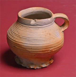 Late Medieval Pot.  Late 15th Century.  8905