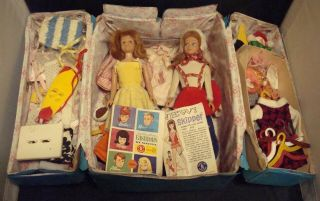 "2 Vintage 1960s Mattel Barbies Sister "" Skipper "" Dolls W/ Case & Clothes Great"