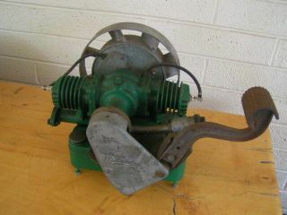 Antique Maytag 72 - D Twin Engine Motor Hit & Miss Ready To Run