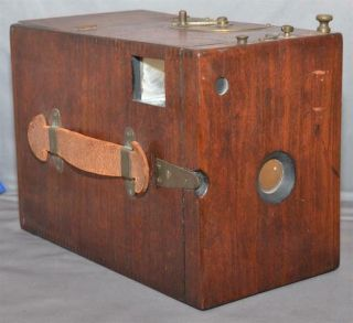 Antique E.  H.  And T.  Anthony Co.  Wooden Detective Camera [se]
