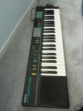 Yamaha Psr - 12 Vintage Keyboard Synthesizer W/ Ac Adapter And Stand