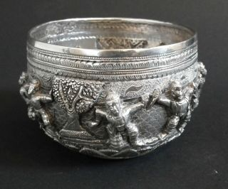 Fine Quality 19th Century Indian / Burmese Solid Silver Bowl - 254 Grams