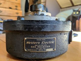 Western Electric 555 Receiver With Wooden Box